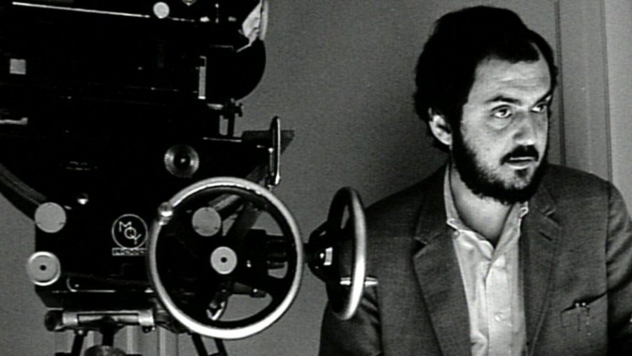 Photo de Stanley Kubrick pendant un tournage. #stanleykubrick #cinéma #film #movie