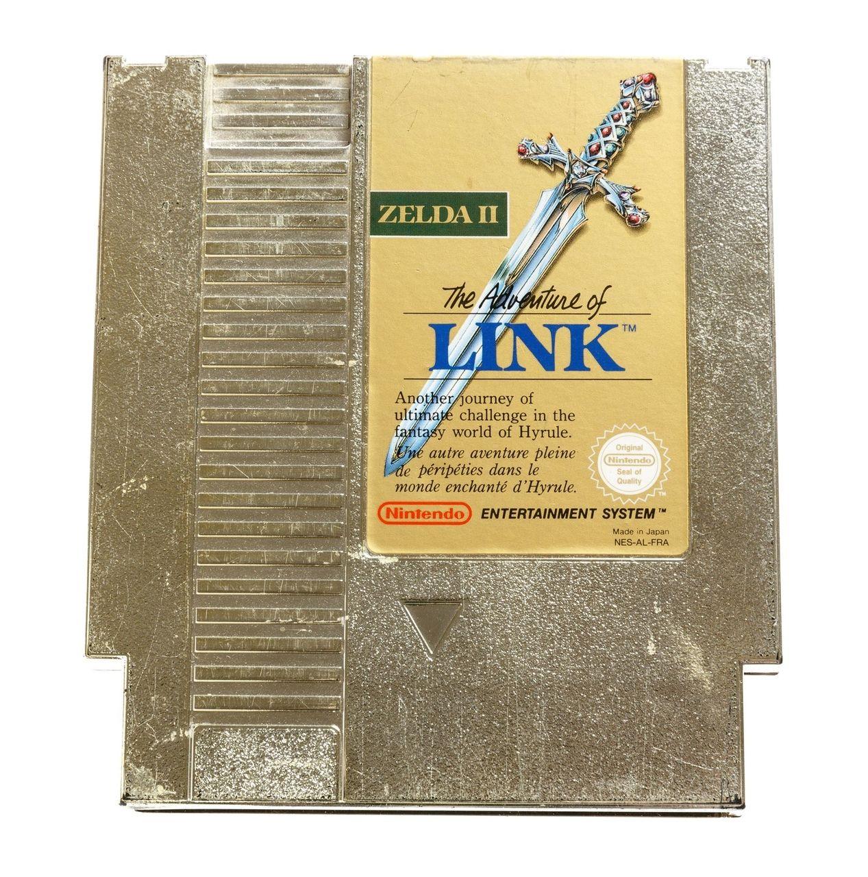 La fameuse cartouche dorée de Zelda 2 The Adventure of Link. Caractéristique que l'on trouvait également avec la cartouche de The Legend Of Zelda #GuiDaFunkyMan #zelda2 #ZeldaTheAdventureOfLink #NES #Nintendo #retrogaming #retrogamer #retrogames #ZeldaRetro